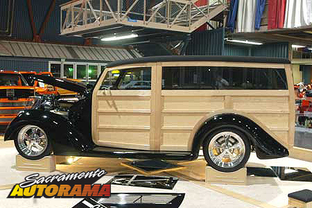 2007 Steve's Auto Restorations Award, Outstanding Interior Rod - 1937 Ford Woodie - John and Cheryl Delahunt