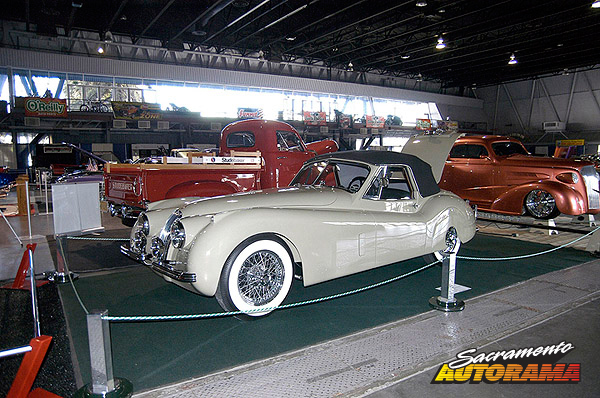 2012 Lee's Vintage Car Shop Restoration Award - 1953 Jaguar XK-120 - Gordon White